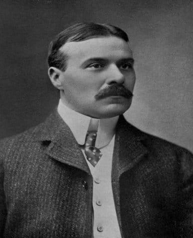 Robert W.Chambers